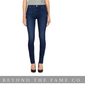 NWT J BRAND Mid Rise Super Skinny Jean Size  23